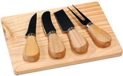 Tagliere da formaggio con 4 coltelli